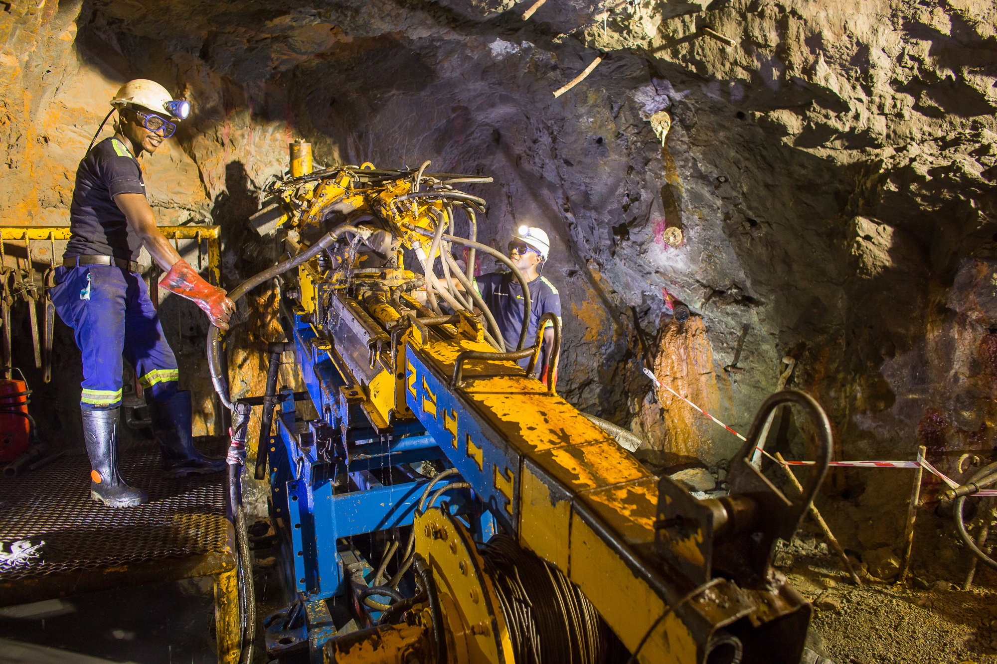 2017 News Ivanhoe Mines Ltd Above Is The Circuit Board Which Attaches To Your Spokes Below A Kico Team Members At Kipushis Shaft 5 Hoist Winder